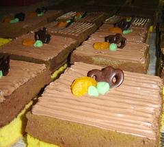 Bisnis boga - Cake hias untuk bingkisan selamatan
